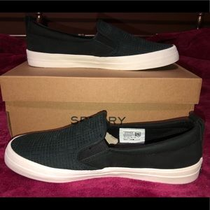 Size 9 Sperry slip ons